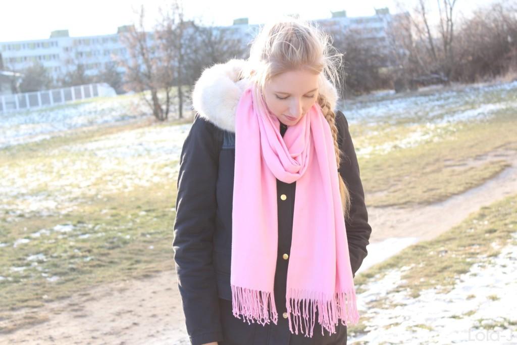 lola-j, blog, czech blogger, girl, blonde, hair, long, straight, curly, wavy, french braid, mom, mum, teenager, girl, style, hair, vlasy, francouzský cop, pink, růžová, šála, scarf, styl, výrazná, neon, soft, jemné, sweet, winter, zima, inspiration, hair, idea, inspirace, nápady, maminka, máma, dcera, daughter