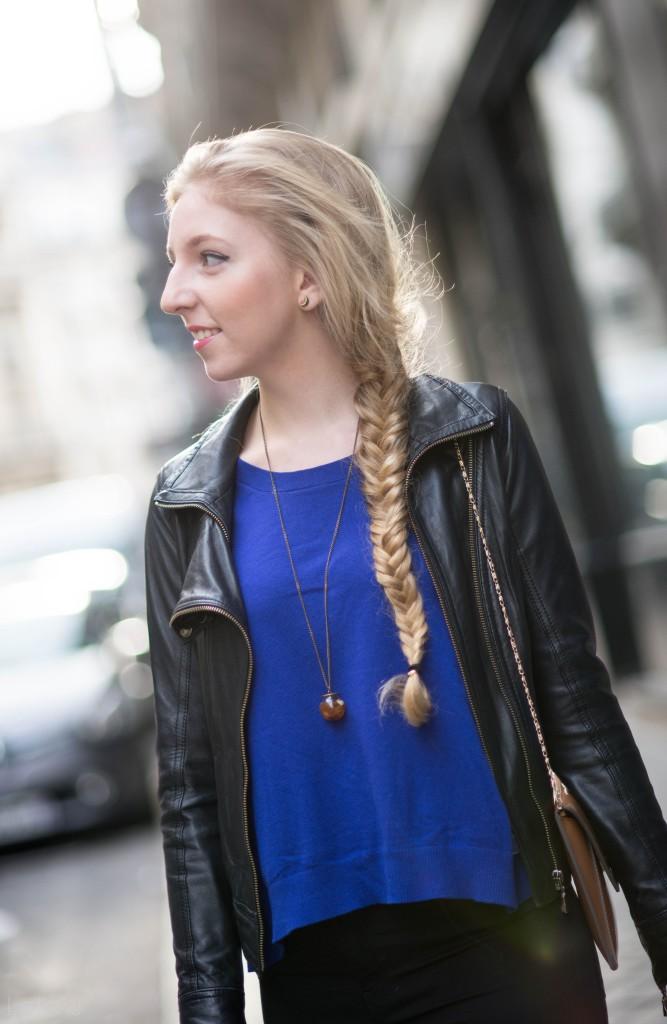 lola-j, czech blog, blogger, girl, teenager, český blog, blogerka, bloggerka, blonde, hair, vlasy, fish tail, rybí cop, paris, paříž, photo shooting, focení, fashion, móda, outfit, ootd, outfit of the day, spring, inspiration, jaro, inspirace, long, curly, wavy, straight, dlouhé, rovné, vlnité, kudrnaté, baleríny, balerina, flats, leopardí, leopard, pattern, motiv, vzor, atelier mercadal, černé kalhoty, black trousers, ZARA women, woman, young lady, classy, classic, modré triko, dlouhé rukávy, blue shirt, long sleves, victoria's secret, leather jacket, kožená bunda, křivák, černý, tmavě modrá, kabelka, clutch, oranžová, orange, beige, béžová, Max Mara, label, značka, company, accesories, doplňky, des accesoires, řetízek, collier, necklace, pendent, chain, chainlet, boule, kulička, skleněná, glass, mystery, záhadná, trend, 2015, tips, natural blonde, earrings, náušnice, melon, meloun, fresh, good vibes, sunny, sunshine, photograph, fotograf, professional
