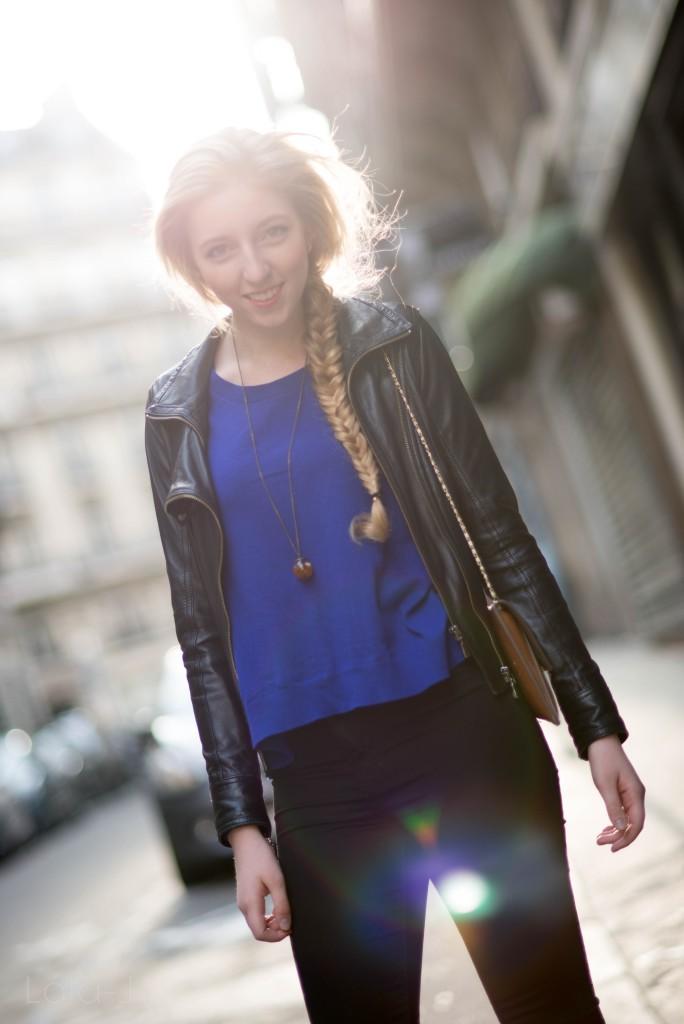lola-j, czech blog, blogger, girl, teenager, český blog, blogerka, bloggerka, blonde, hair, vlasy, fish tail, rybí cop, paris, paříž, photo shooting, focení, fashion, móda, outfit, ootd, outfit of the day, spring, inspiration, jaro, inspirace, long, curly, wavy, straight, dlouhé, rovné, vlnité, kudrnaté, baleríny, balerina, flats, leopardí, leopard, pattern, motiv, vzor, atelier mercadal, černé kalhoty, black trousers, ZARA women, woman, young lady, classy, classic, modré triko, dlouhé rukávy, blue shirt, long sleves, victoria's secret, leather jacket, kožená bunda, křivák, černý, tmavě modrá, kabelka, clutch, oranžová, orange, beige, béžová, Max Mara, label, značka, company, accesories, doplňky, des accesoires, řetízek, collier, necklace, pendent, chain, chainlet, boule, kulička, skleněná, glass, mystery, záhadná, trend, 2015, tips, natural blonde, earrings, náušnice, melon, meloun, fresh, good vibes, sunny, sunshine, photograph, fotograf, professional, light