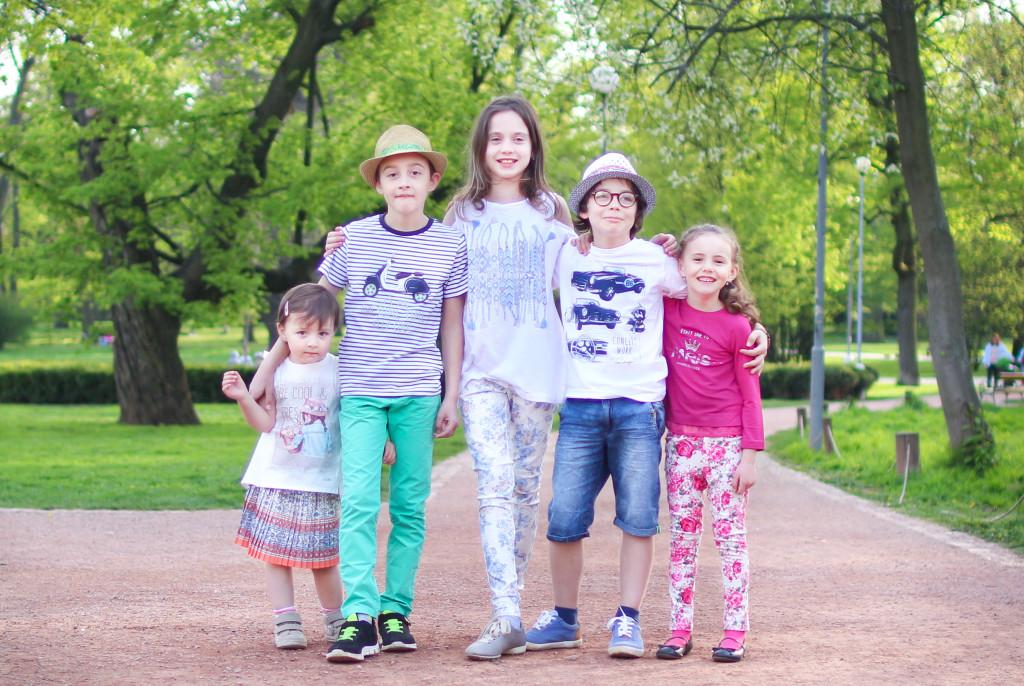létající ryba, brno, obchod s dětským oblečením, jaro 2016, spring, kids, children, fashion, colorful, barevné, brno, čr, cz, czech republik, česká republika, značkové, MayOral, kluci, holky, kamarádi, veselo, dobrá nálada, smích, hry, park, lužánky, focení, blogerka, blogger, fashion, lifestyle, životní styl, sourozenci, siblings, clothes, kvalitní, tipy, recenze, zkušenosti, v brně