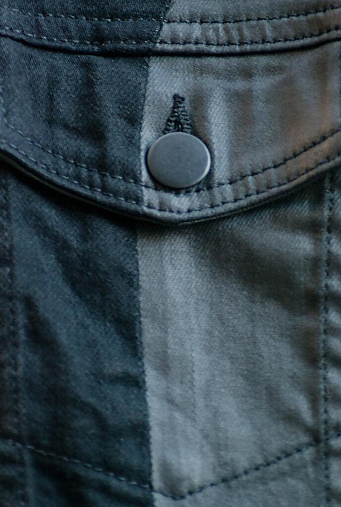 coated denim, černý denim, detaily, přední kapsa, unikátní kód, details, oblečení, noire fashion app, módní blog, fashion influencer, jacket star, collection by vs, vendula sulanova